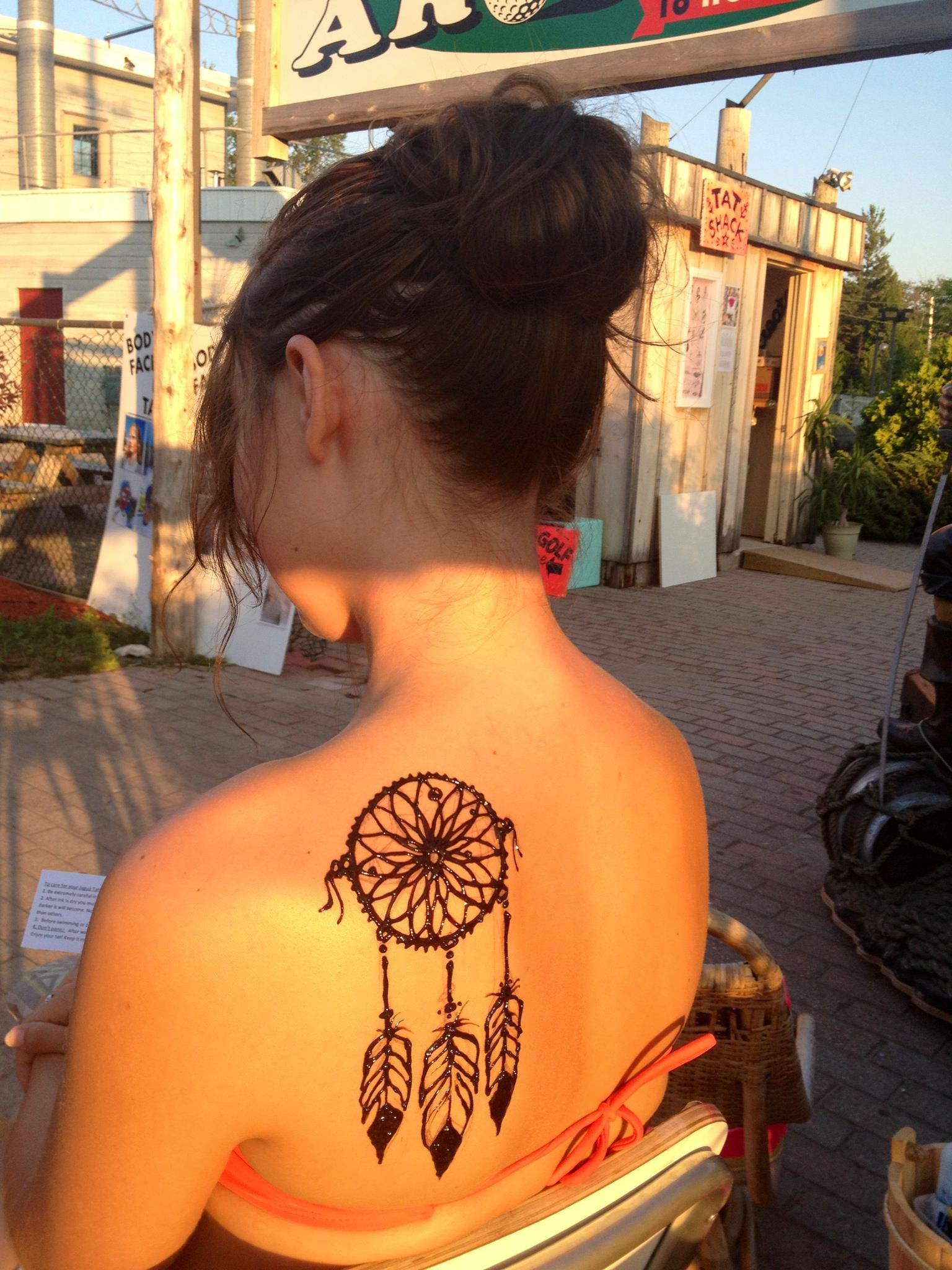 Why Does My Henna Tattoo Look Black: Henna Tattoo For A Few Weeks, Because I Could Not Bring My
