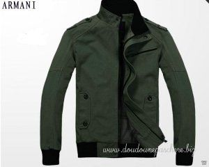 Doudoune Armani Homme Blouson 2012 Original Tout En Vert   Doudoune ... 9c5833bbdb3