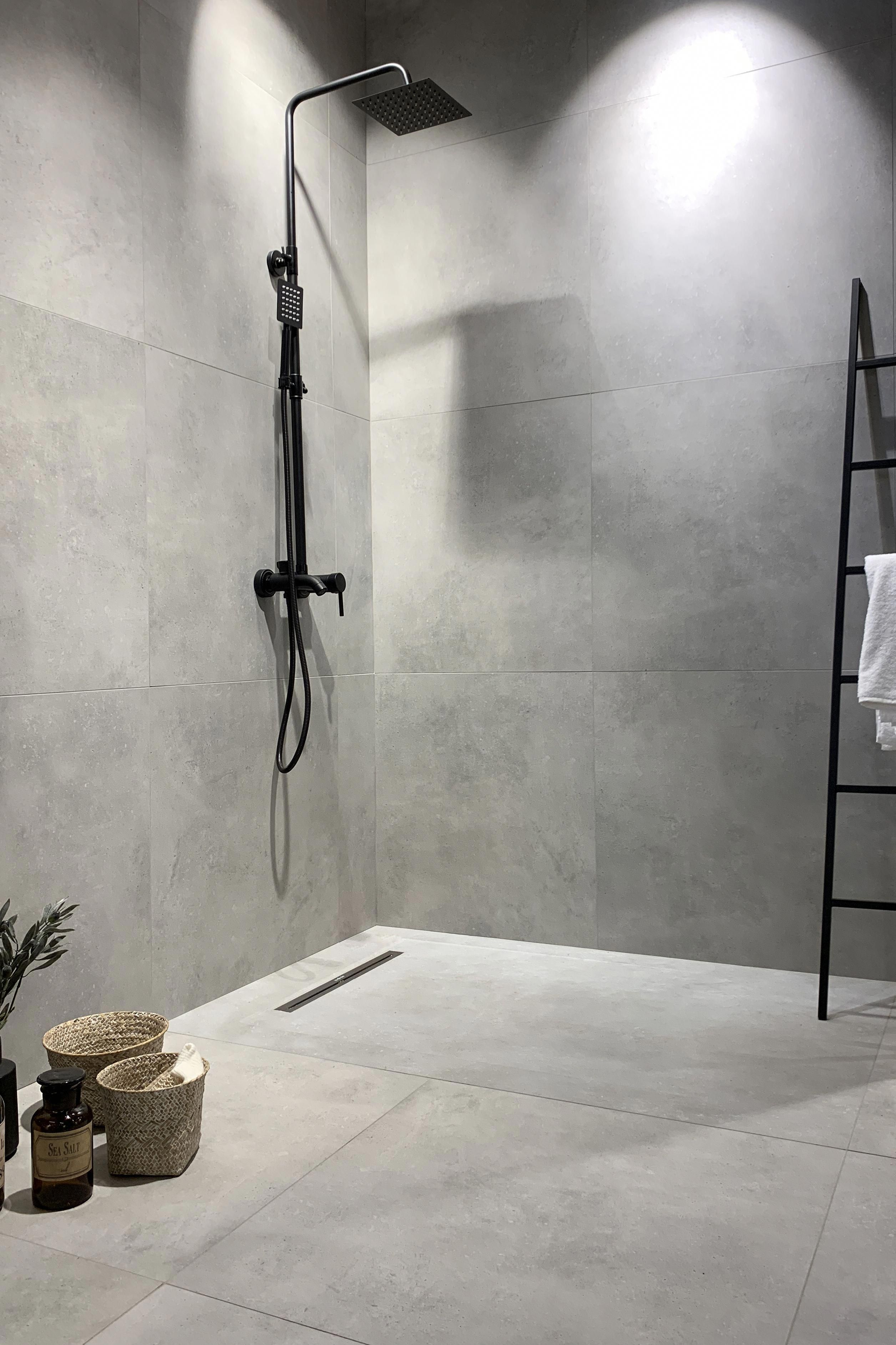 Spa Bathroom Discover Tips On How To Decorate And See 60 Ideas In 2020 Concrete Tiles Bathroom Shower Tile Bathroom Renovation Trends