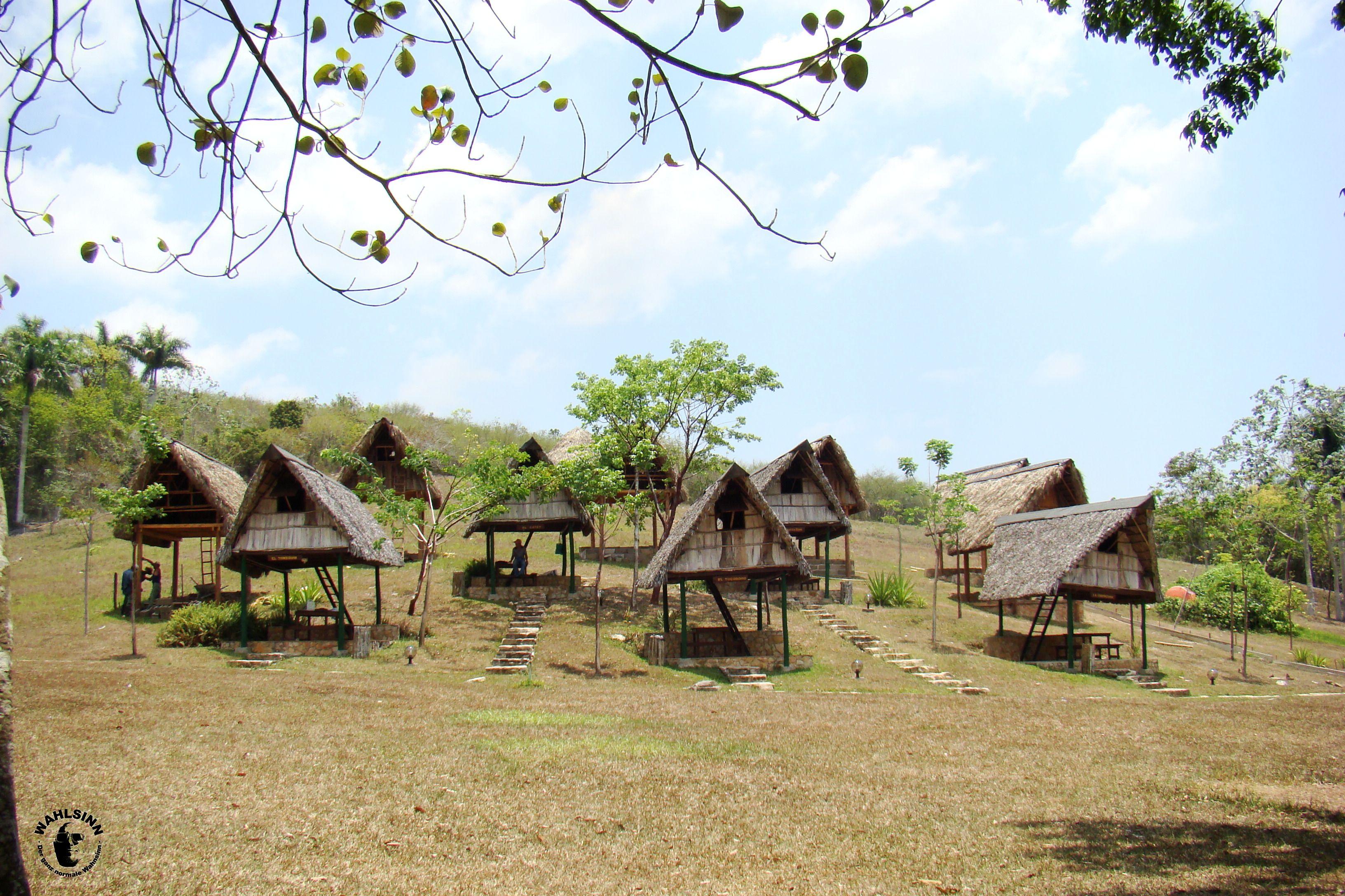 Lustige Hütten bei Banes de San Juan // Las Terrazas (Kuba)