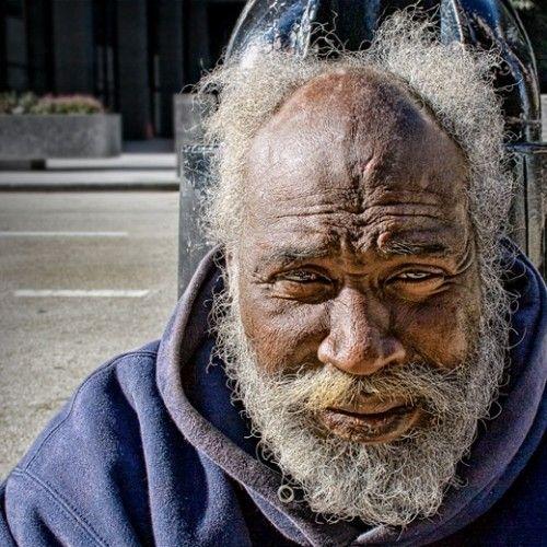 Homeless In Chicago Photos By Oak Thitayarak Photo Interesting Faces Portrait