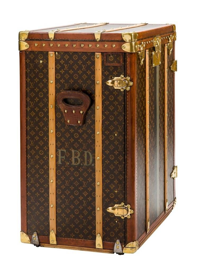 Louis Vuitton Monogram Canvas Executive Trunk 1stdibs Com Vintage Trunks Leather Trunk Louis Vuitton Luggage