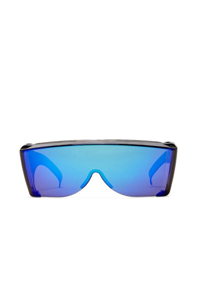 9b9eafd062 A pair of unisex visor sunglasses by Replay Vintage™ featuring a connecting  iridescent mirrored lens.