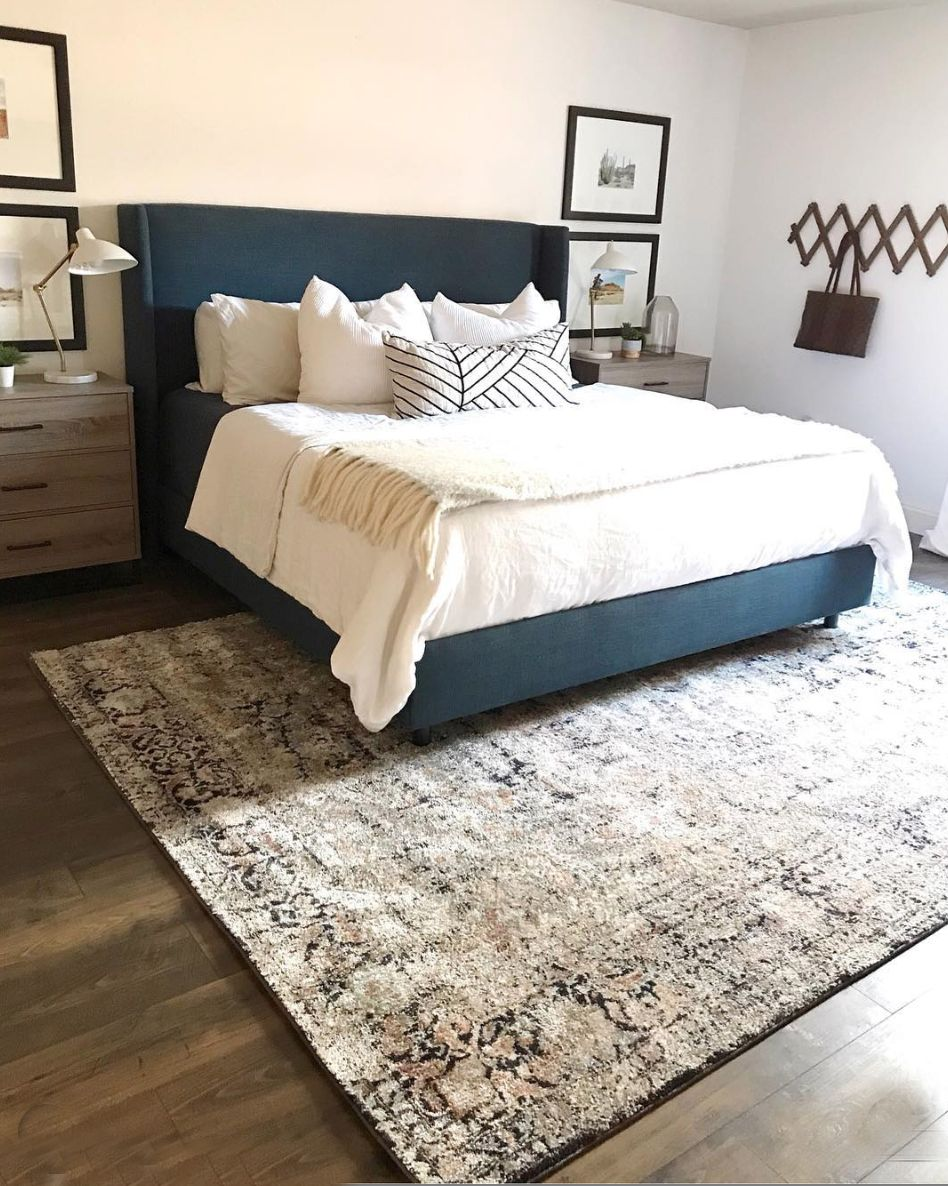 Cc And Mike Guide To Buying The Perfect Area Rug Urban Outfiters