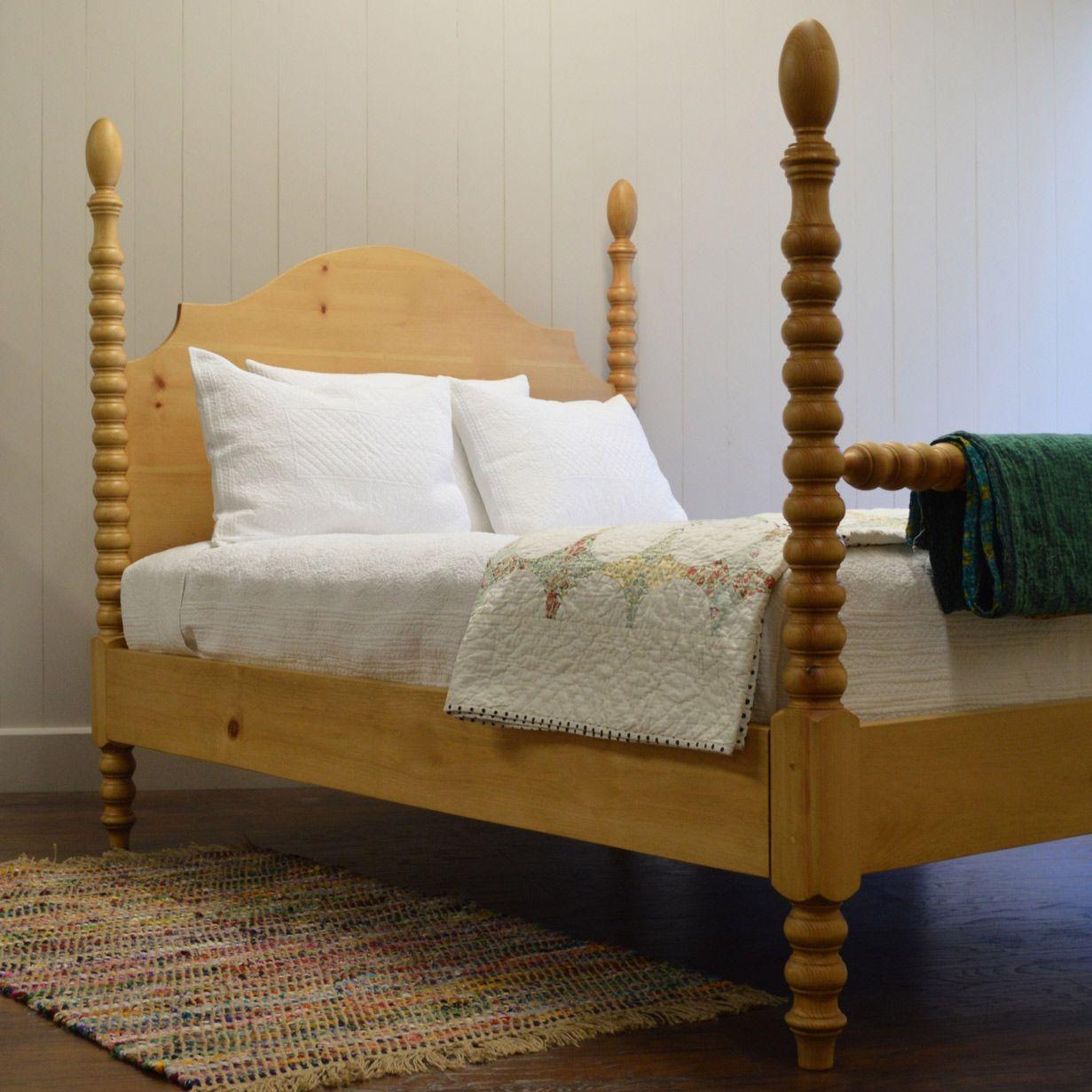 English Farmhouse Furniture French Farm Spindle Bed EFF054