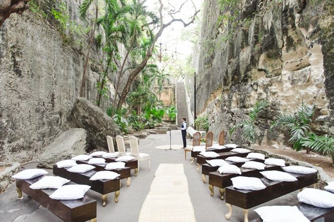 One To Call My Own The Queen S Staircase Bahamas Wedding Venues