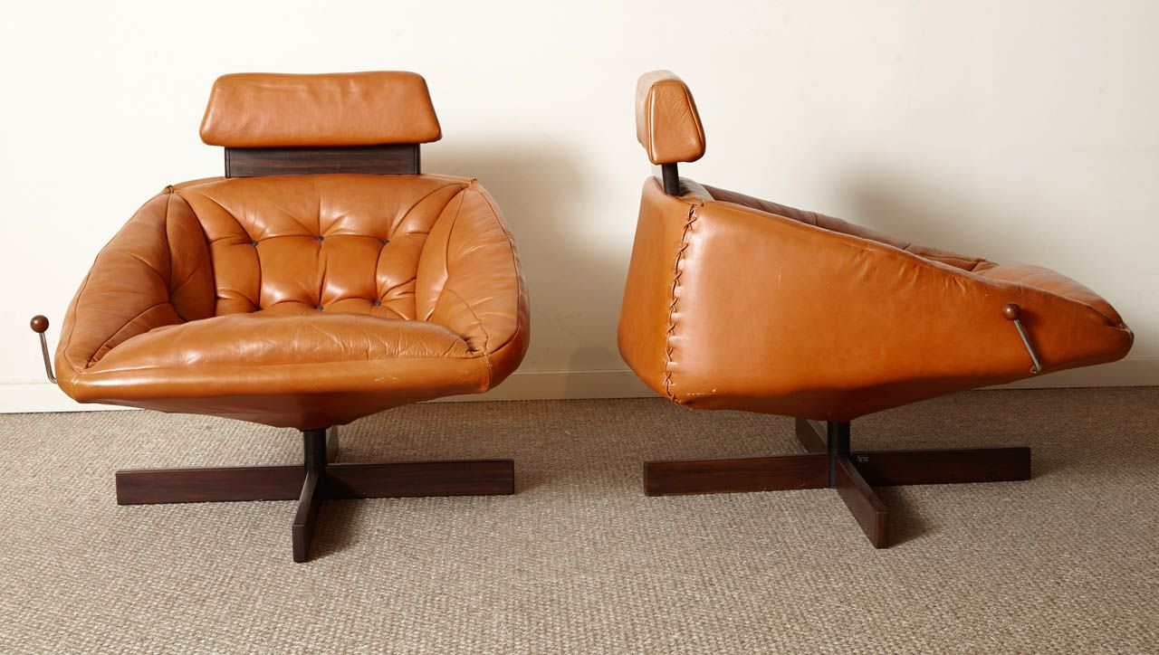 Antique lounge chairs - Lounge Chairs By Percival Lafer Brazil 1960
