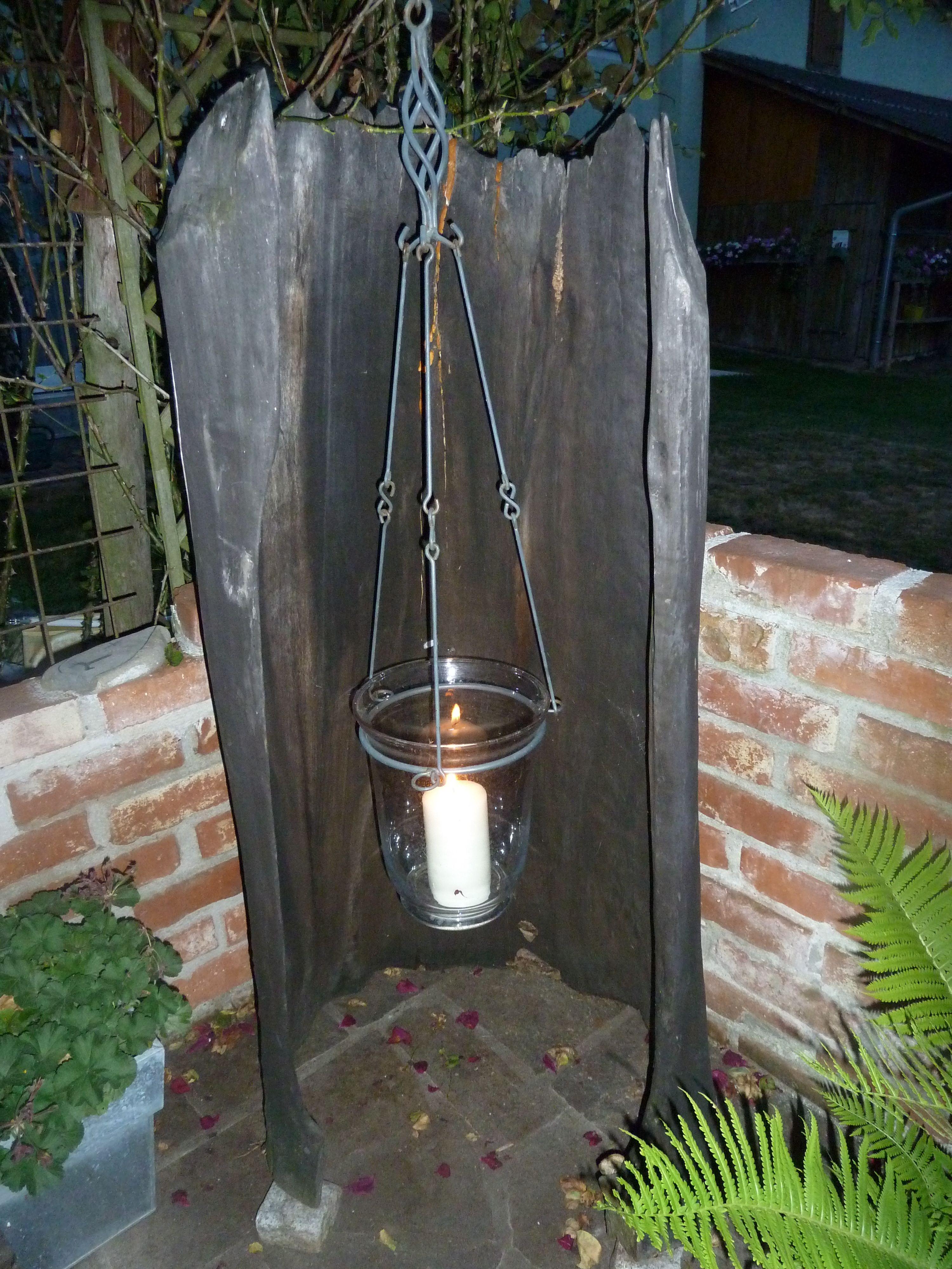 laterne aus einem alten baumstamm garden garten baum und baumst mme. Black Bedroom Furniture Sets. Home Design Ideas