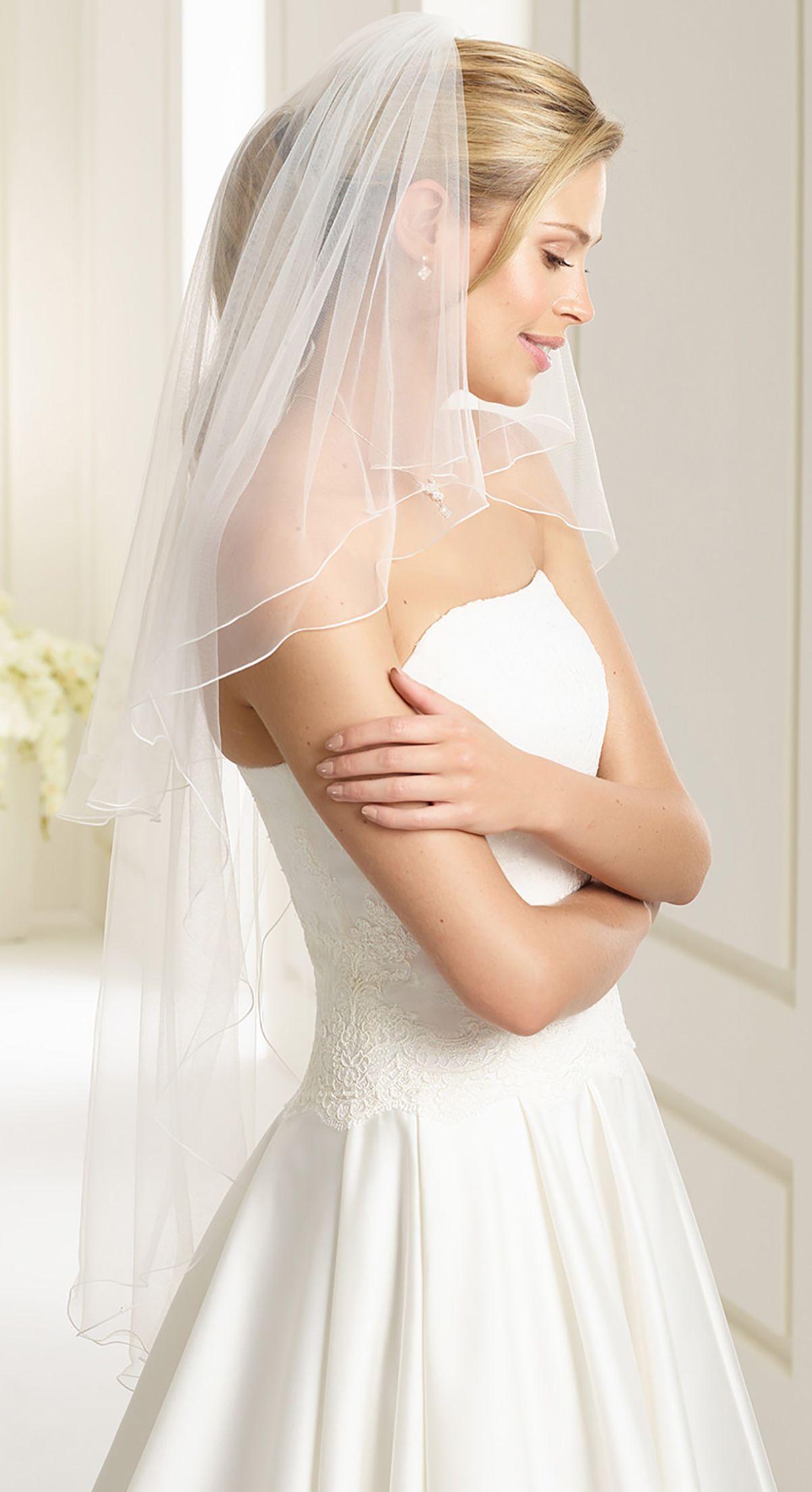 Fine veil S194  from Bianco Evento #biancoevento #veil #weddingdress #weddingideas #bridetobe