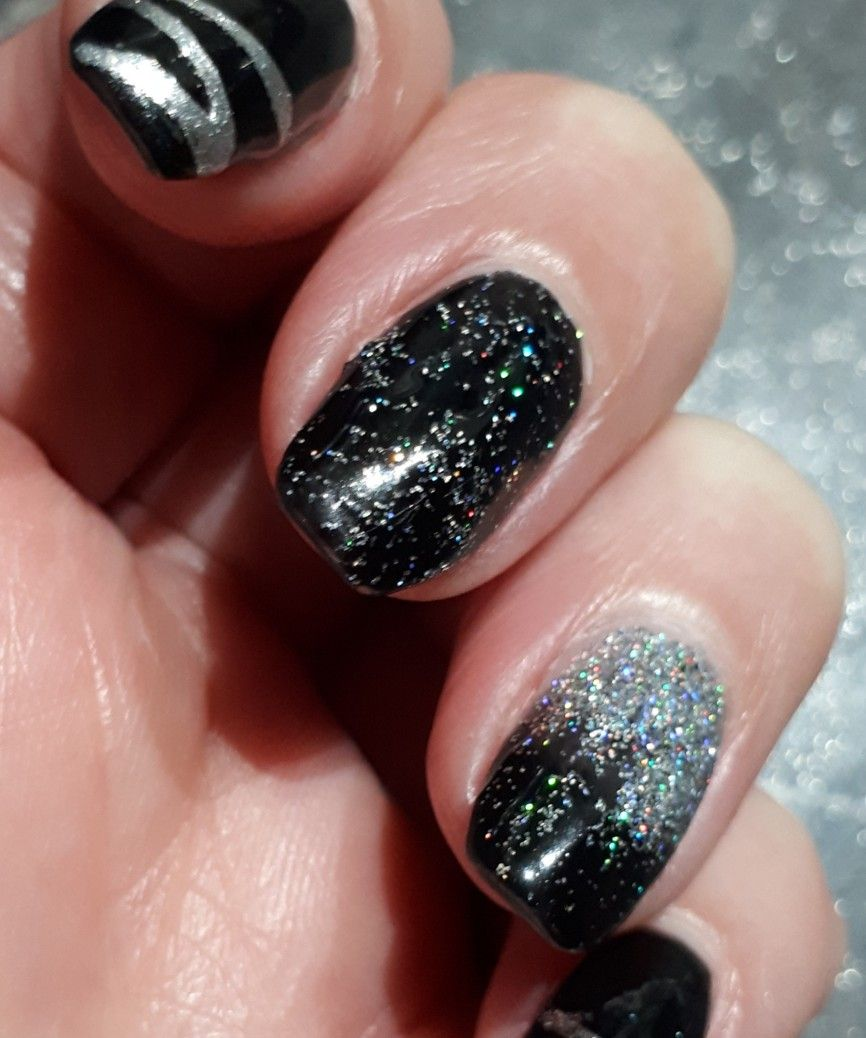 Black and glitter polygel ombre nails with images