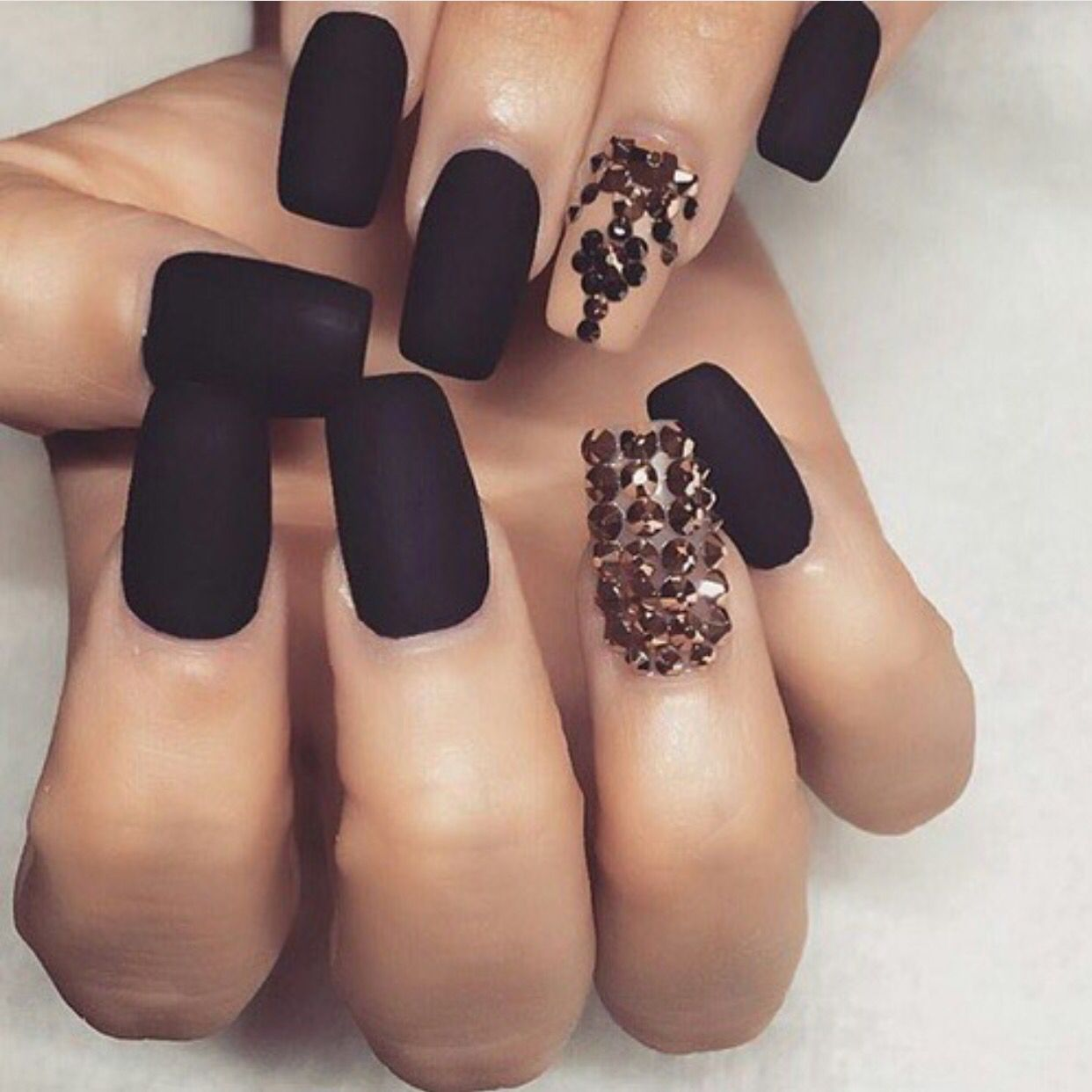 Nude Nail Art Designs That Will Look Great On Every Skin Tone