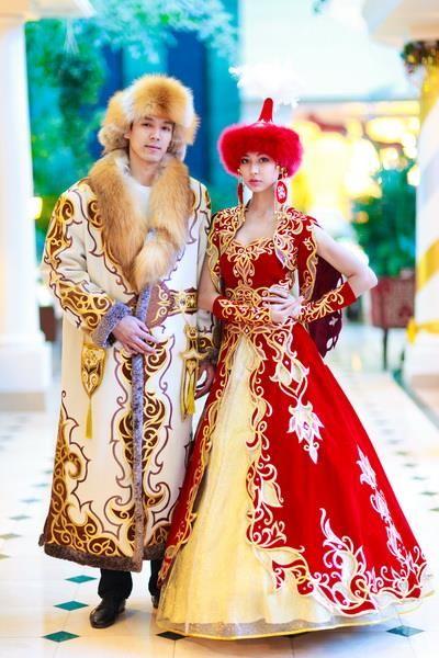 f2f3c4b856b Национальные казахские костюмы 6 фигур в современном стиле ...
