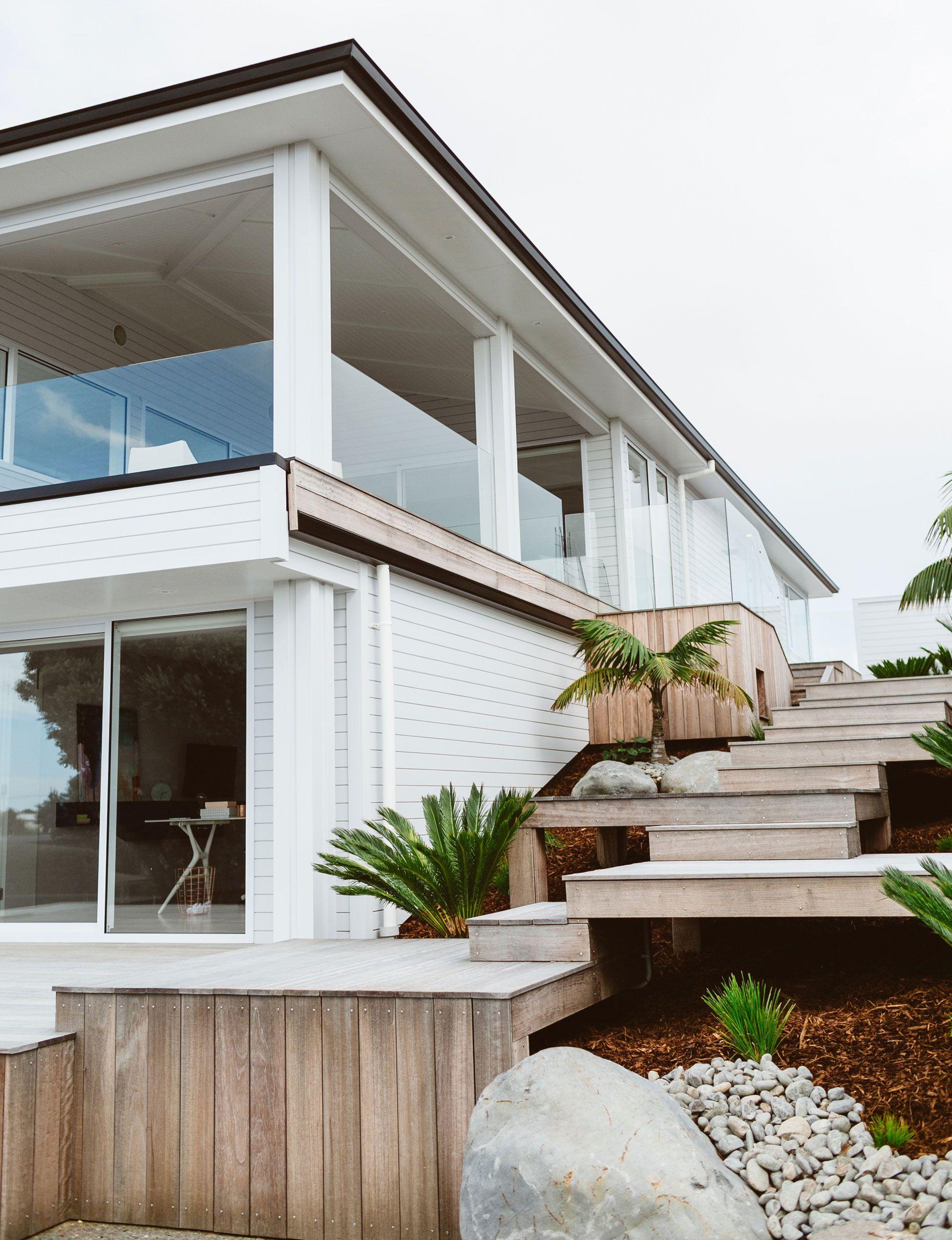 Bestes hausfrontdesign tauranga family chooses doup over beachfront home  design