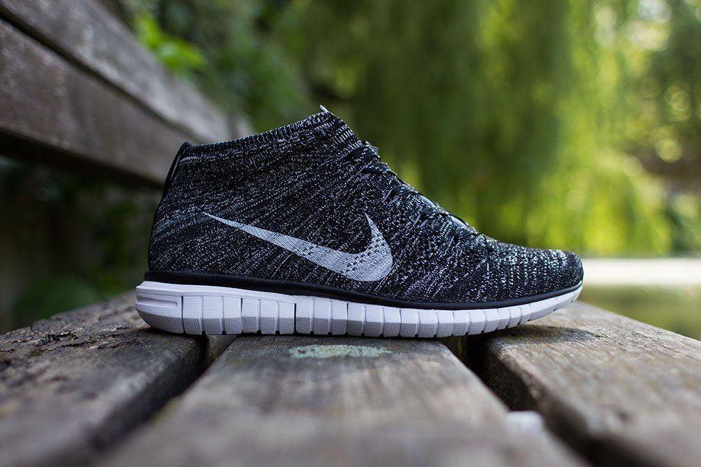 Womens Nike Flyknit Chukka Black/Dark Grey Shoe
