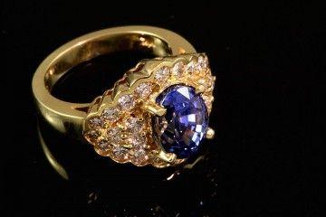 $11,675.00 18k yellow gold 4.98ct very fine natural Ceylon sapphire, 1.41ctw diamond ring  See more at: http://lapidaryartscustomjewelry.com