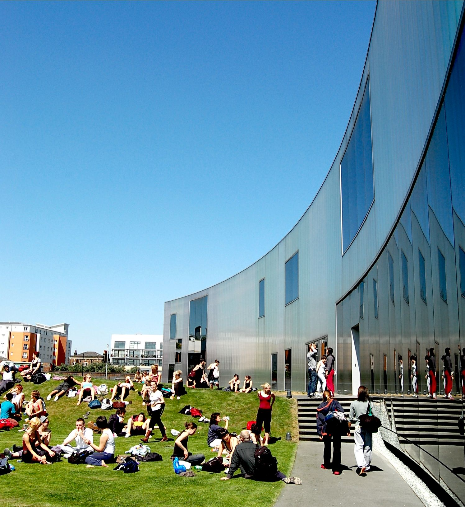 Centro de danza Laban, Londres, UK. H & de M, Arquitectos