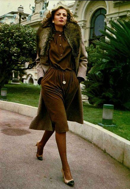 Glam earthtones, 1970's
