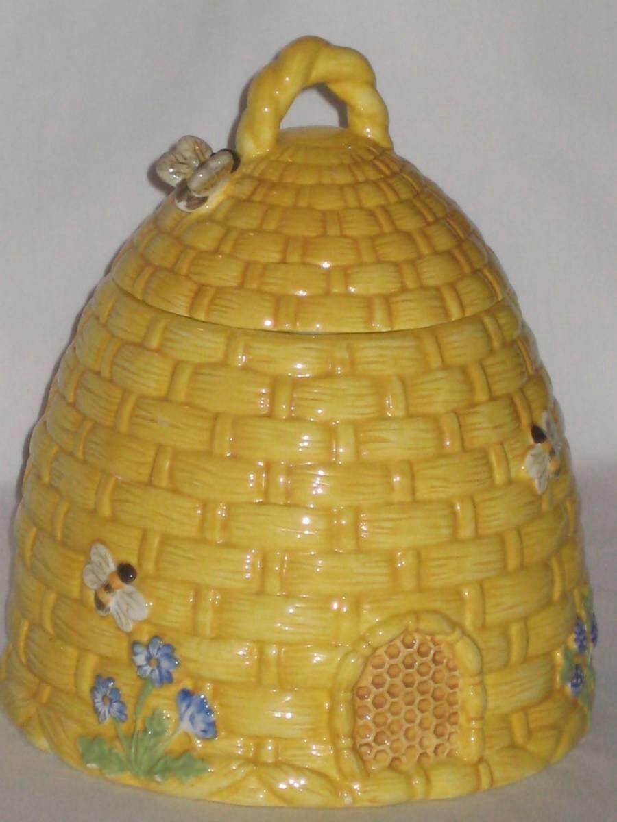 Great Vintage Kate Williams Beehive Bees Cookie Jar Global Design