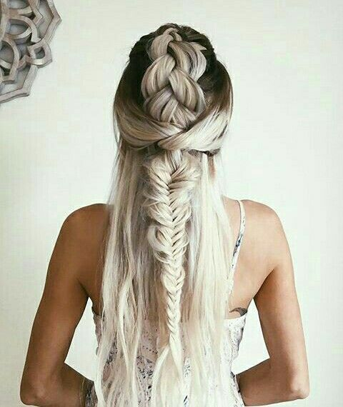 Fishtail Braid Hairstyles Beauteous Pinterest Mxxddiie ☼  Hair  Blonde Ambition  Pinterest  Hair