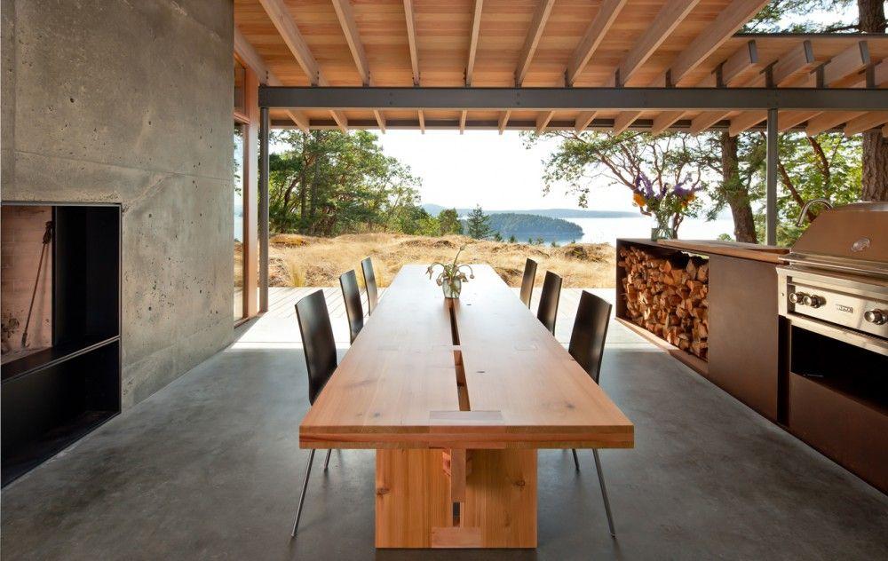 Suncrest Residence / Heliotrope Architects Mesa de terraza, Mesa