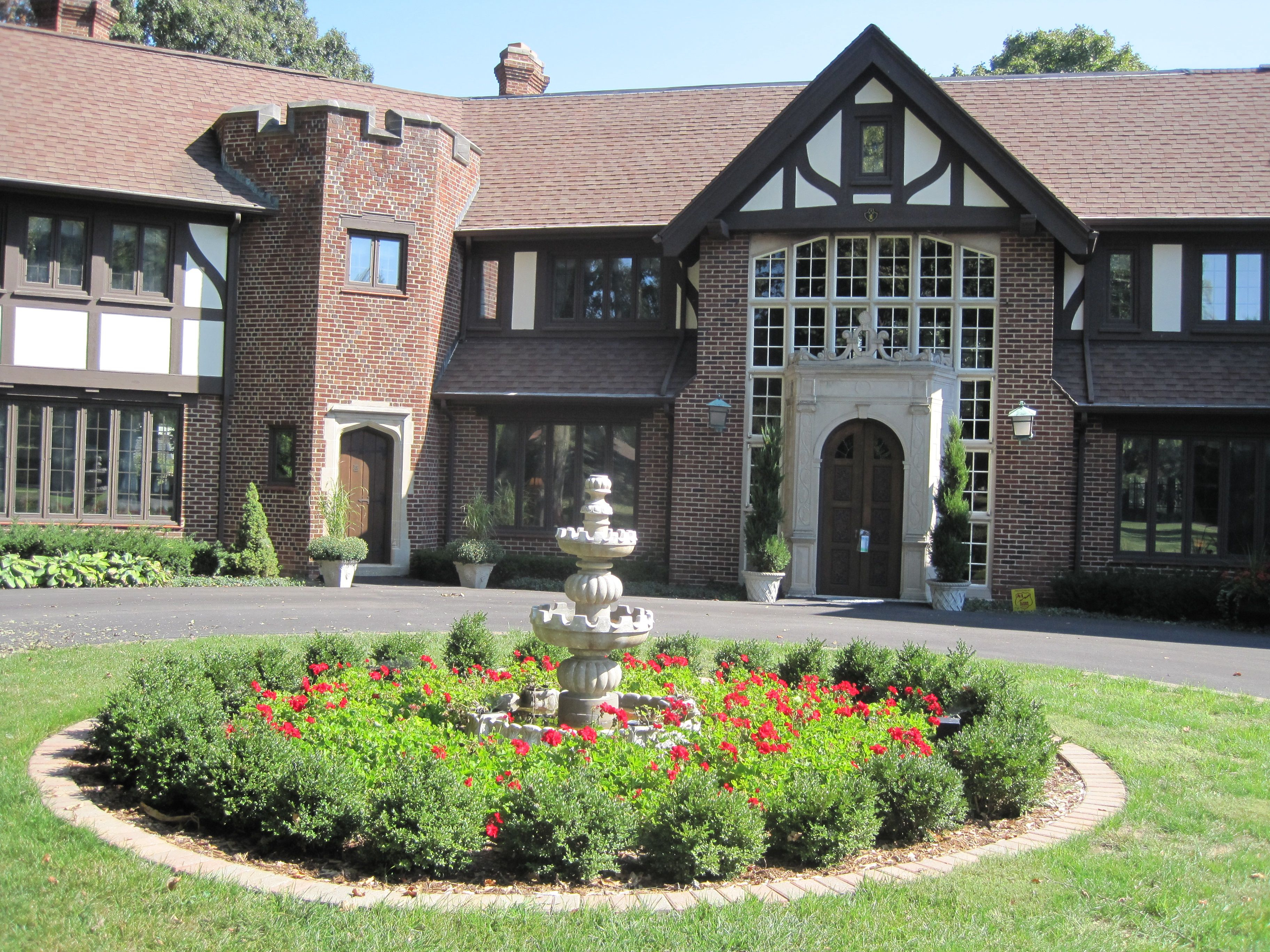 Illinois/macoupin county/brighton - North State St Also Known As Millionaires Row Monticello Il
