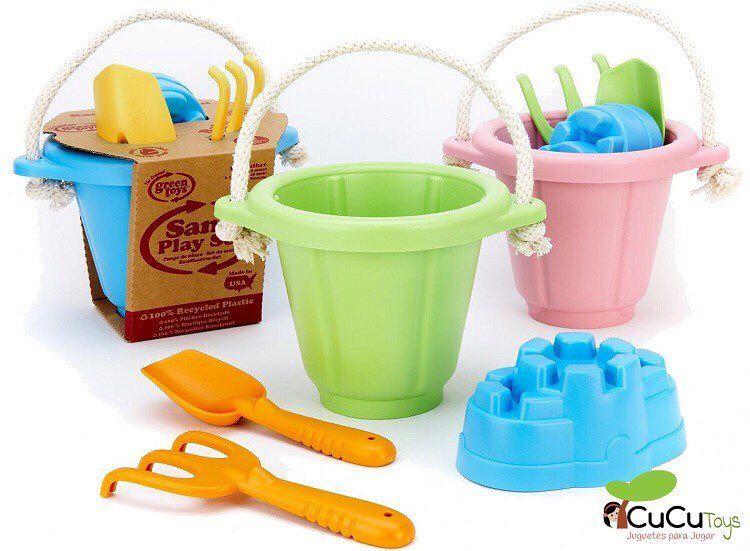 Elige tu color y serás la envidia de la playa o el arenero. 100% ecológicos son duros y resistentes ademas se pueden lavar en el lavavajillas.  http://ift.tt/2pFfkE4 #cucutoys #greentoys #niños #juguetes #playa #arenero #toys #kids #eco #beach #playground #sandtoys #recycling