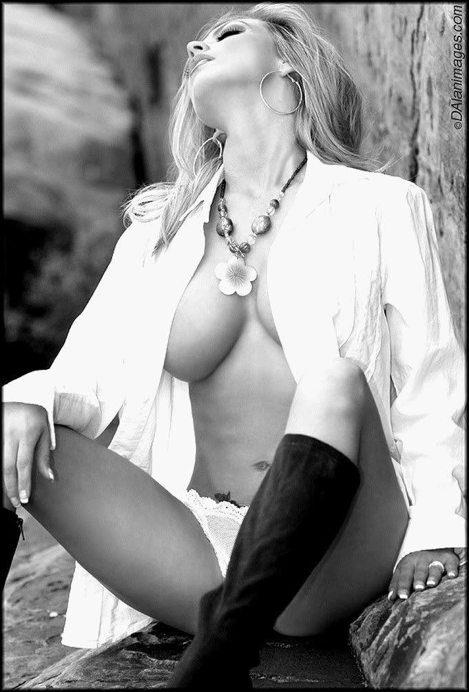 sexy women black and white photos