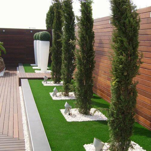 Synthetic Grass Garden Learn How To Choose Bestplay In 2020 Backyard Landscaping Small Garden Design Landscape Design