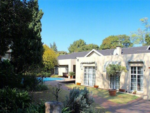 4 Bedroom House To Rent In Parkmore For R 22 000 With Web