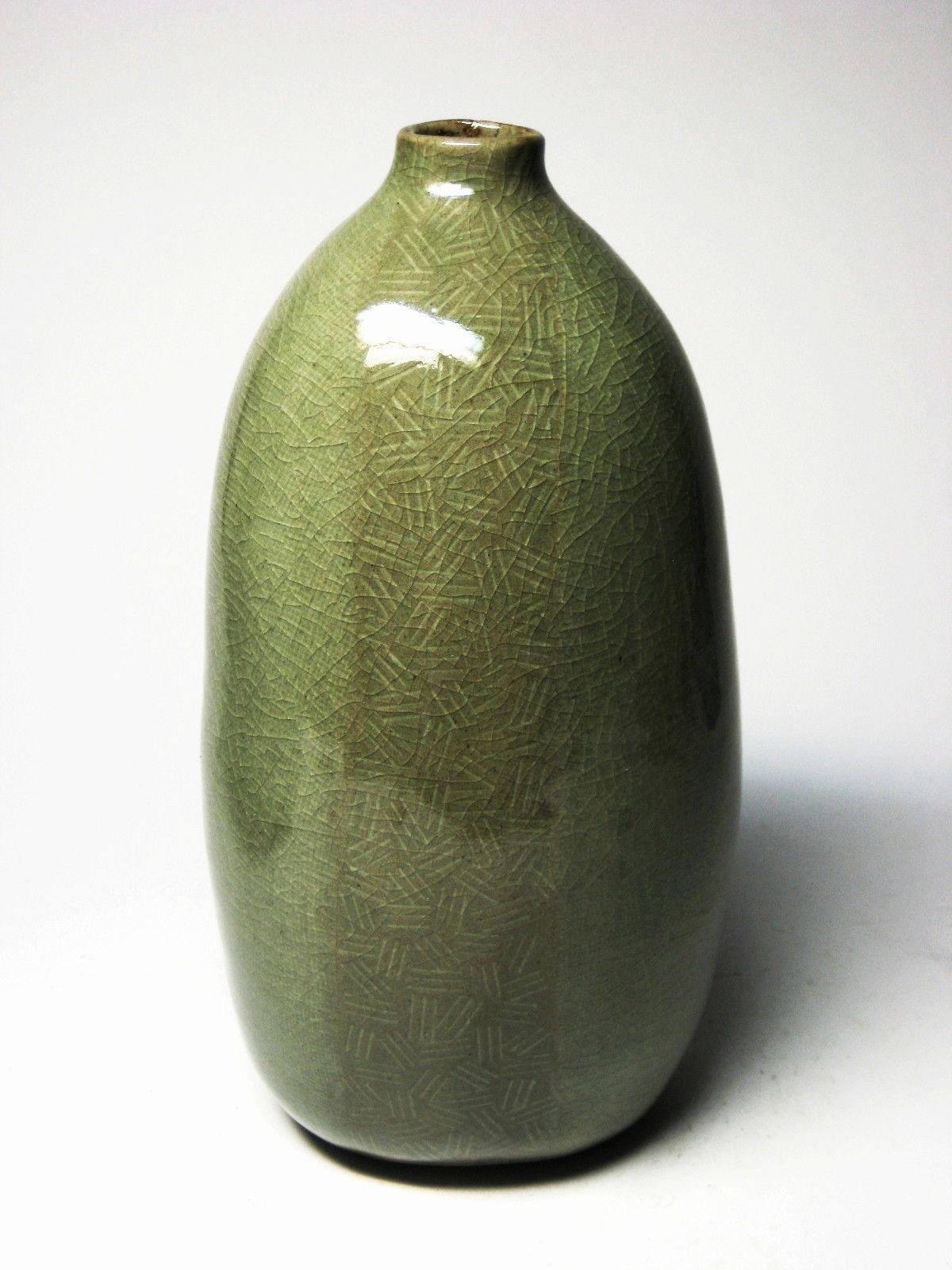 korean celadon pottery jade green crackle glaze bottle modern vase  - korean celadon pottery jade green crackle glaze bottle modern vase weed pot ebay