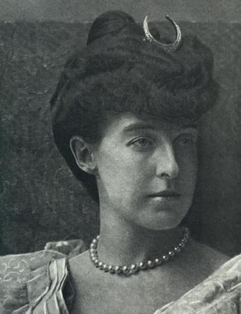 Princess Helene of Orleans (1871-1951), wearing moon tiara, was a member of the deposed Orléans royal family of France and, by marriage to the head of a cadet branch of the Italian royal family, the Duchess of Aosta