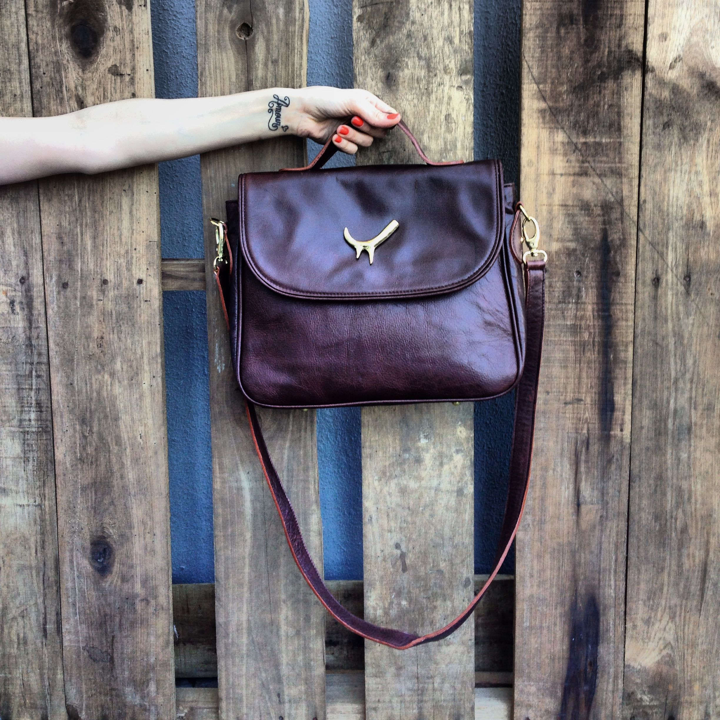 #Coffe #Cartera #Miles  http://www.heliciabsas.com/cartera-miles-coffee_110xJM