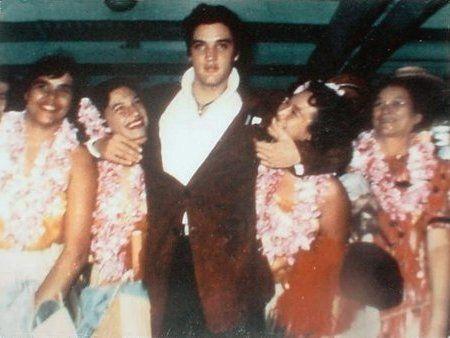 Elvis with a group of fan - Honolulu Stadium - Honolulu, HI