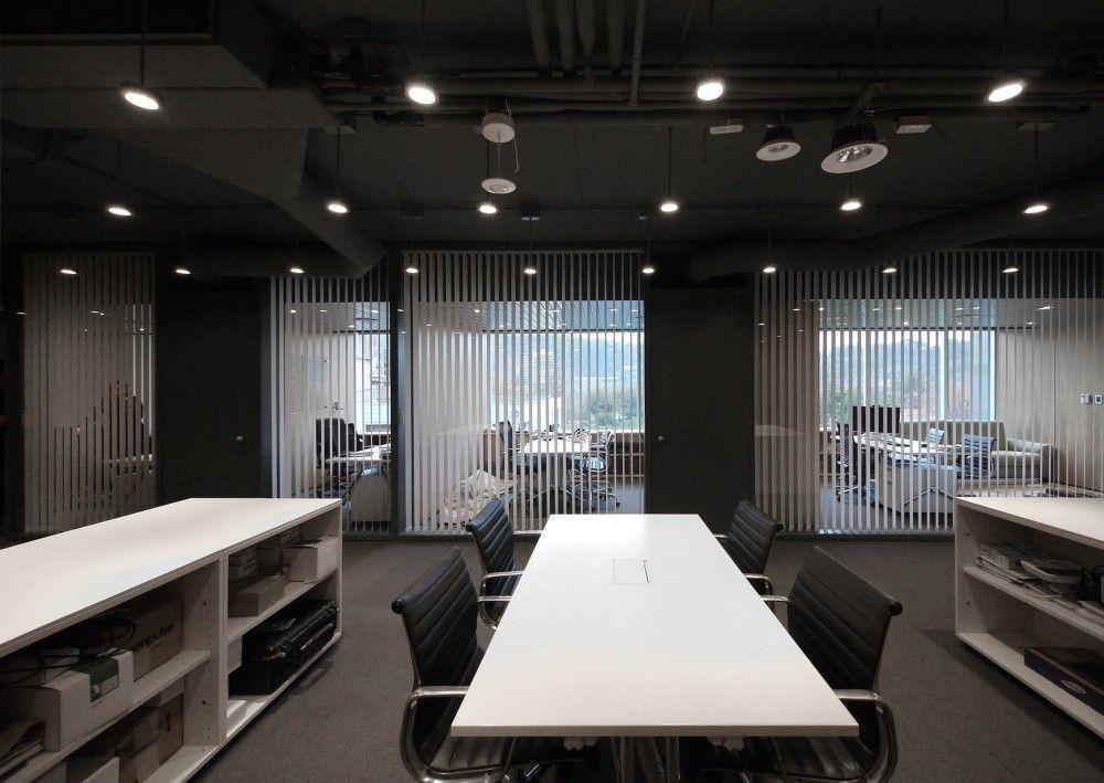 Gallery of Led-LS / Amunátegui Valdés Architects - 3 office