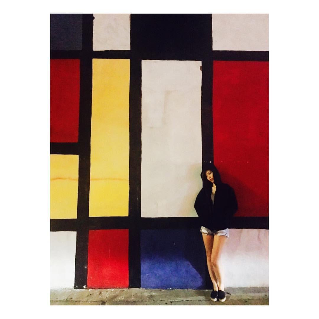 Photos and videos taken at 'Artist & Craftsman Supply Los Angeles' on Instagram mondrian wall