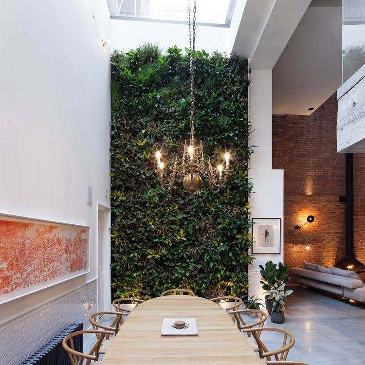 Esszimmer Hohe Decke Kronleuchter Vertikaler Garten Wand