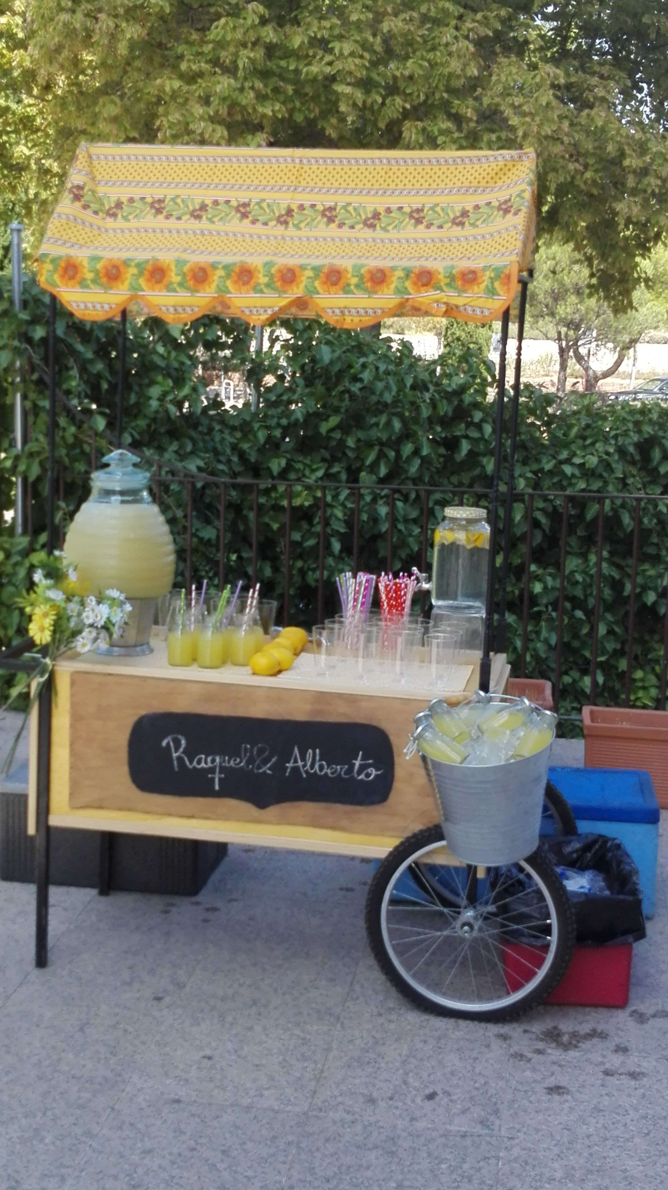 Carrito de limonada pecae carritos pecae algodondeazucar palomitas perritos hotdogs - Carrito bebidas ...
