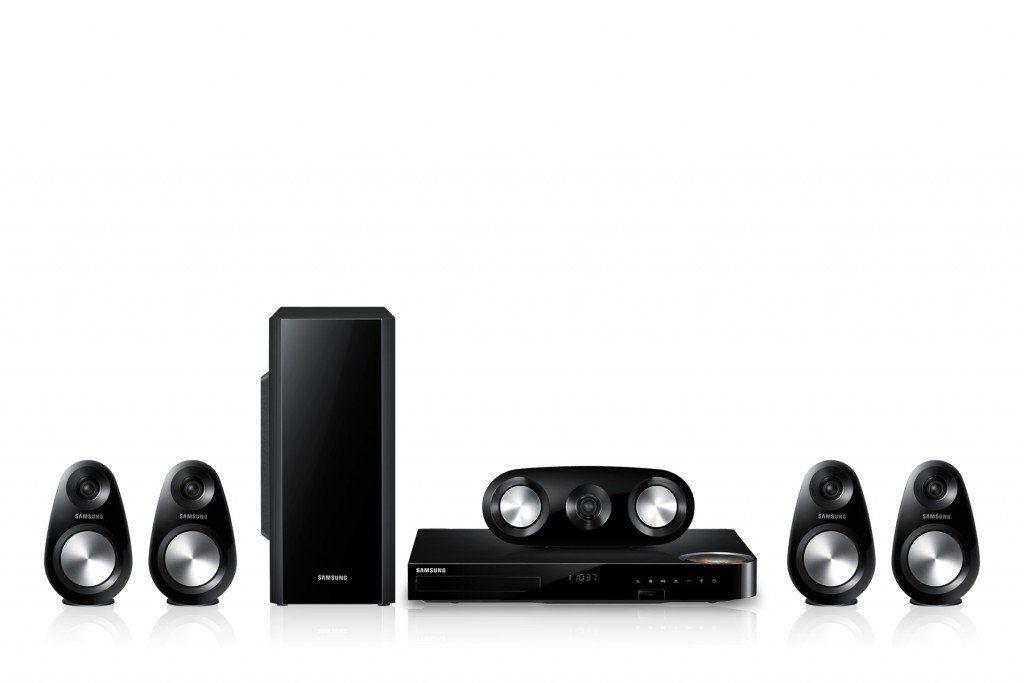 Samsung HT-F6500 5.1 Blu-ray Heimkinoanlage! Die zum Patent angemeldete Vakuumröhre des Samsung Blu-ray Home Entertainment Systems bereichert Ihr Klangerlebnis und lässt Sie völlig in das Geschehen eintauchen. Diese Vakuumröhre sorgt für einen warmen, vollen und einhüllenden Klang, während sie gleichzeitig Störgeräusche und andere unnötige Störsignale senkt, sodass Sie alles perfekt hören können. Zum Produkt: Bitte das Bild anklicken, pleace click the picture!
