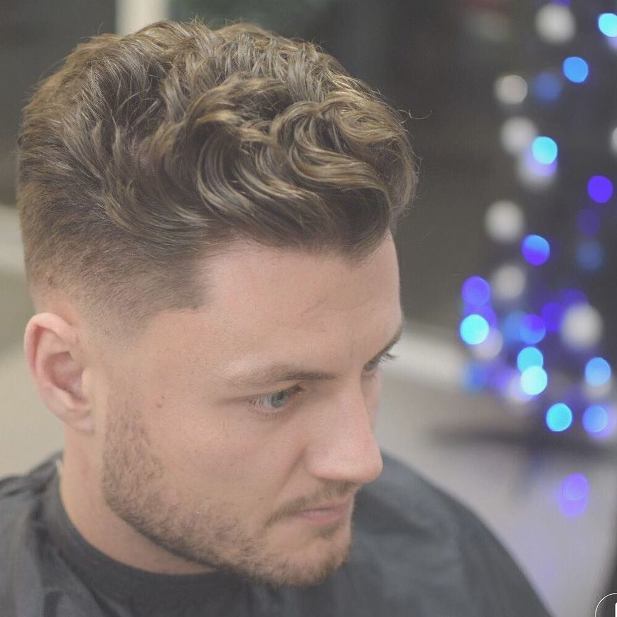 Cool Men S Haircuts For Wavy Hair 2018 Update Haircuts For Wavy Hair Wavy Hair Men Thick Wavy Hair