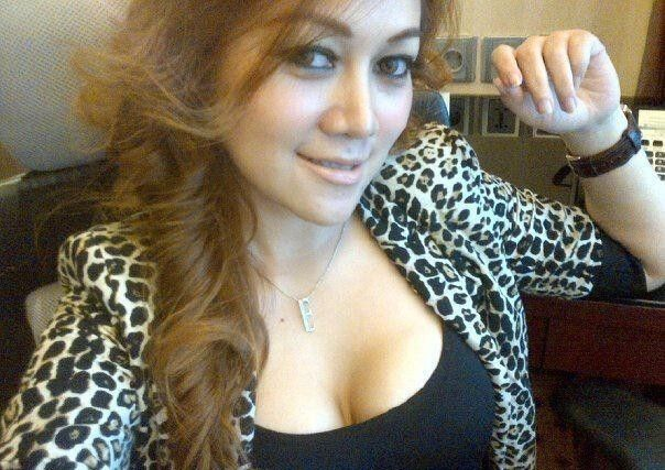Tante Girang Surabaya