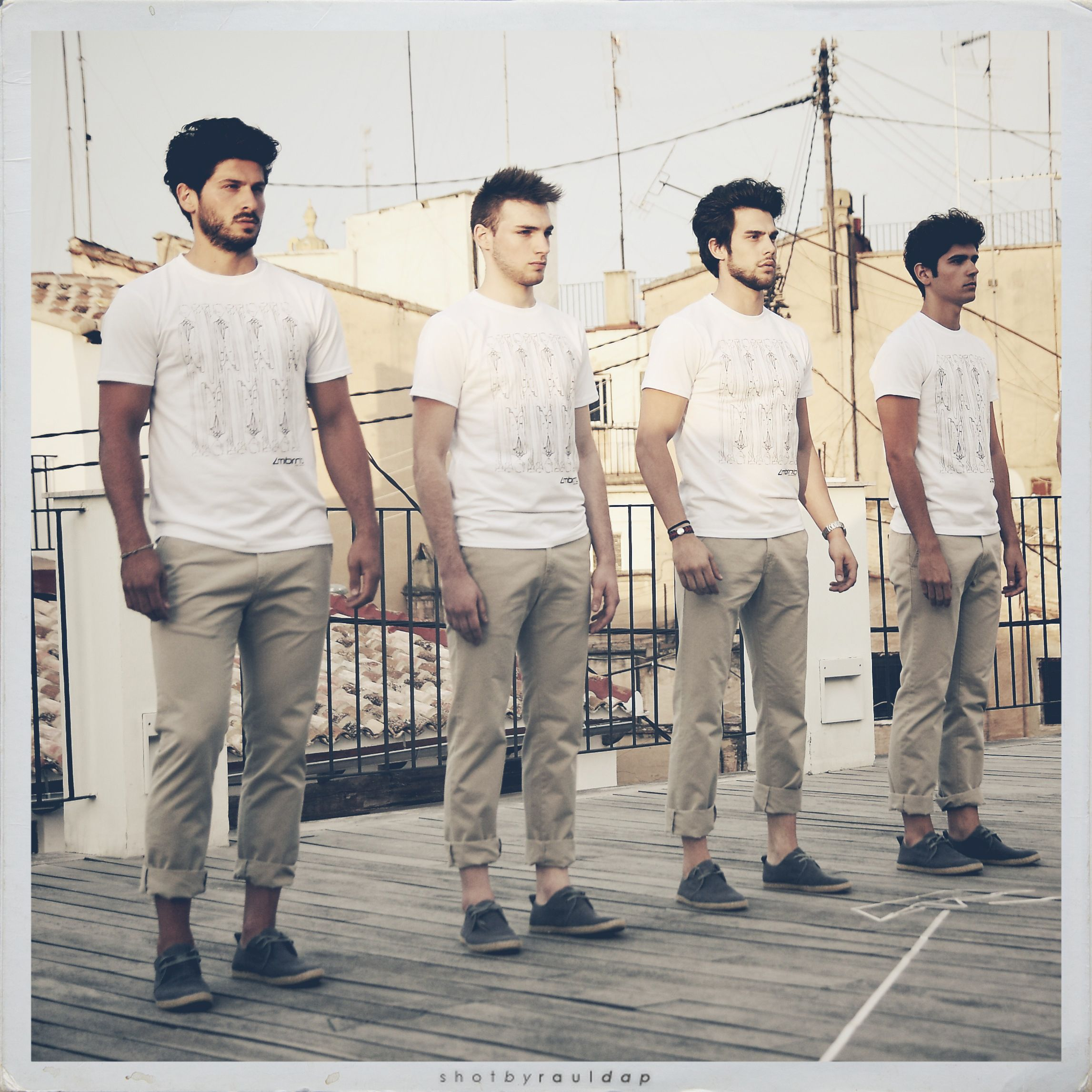 t-shirt and troussers Zambrano summertime collection