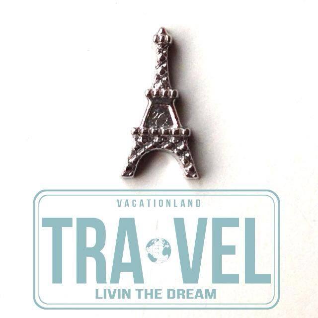 Eiffeltoren als floating mini charm! Deze medaillons zijn makkelijk te openen en sluiten. Aan de binnenkant van beide zijden zitten magneetjes. Vul dit medaillon met jouw mooiste herinneringen  uit je leven! Kies jouw herinneringen  in de vorm van mini charms of stones uit op creatiefdoen.nl
