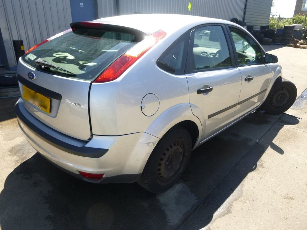Ford Breakers By Dk Salvage Ford Focus 2005 Ford Focus Ford
