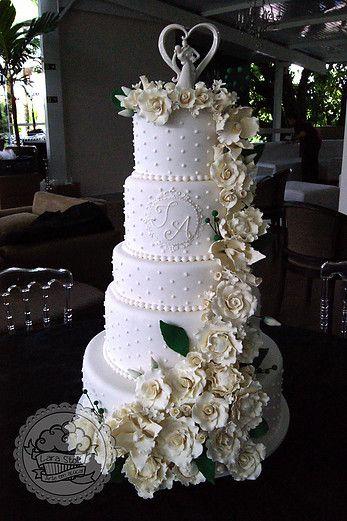 White rose cascate wedding cake