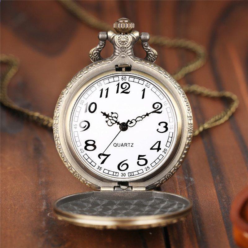 06dfff906f8 Full Hunter Náhrdelník Řetězec Muži Módní měděný přívěsek Vlk Dárkové  křemenné ženy Kapesní hodinky Cool moderní