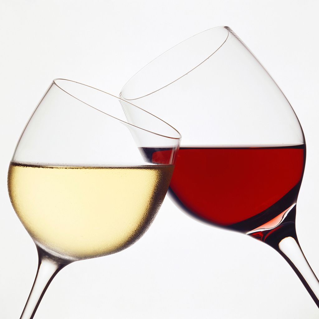 6 Excellent Red Styles For White Wine Drinkers Wine Drinkers White Wine Wine Basics