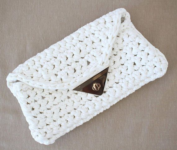 Sweet And Simple Bridal Clutch Made With T Shirt Yarn Grab The