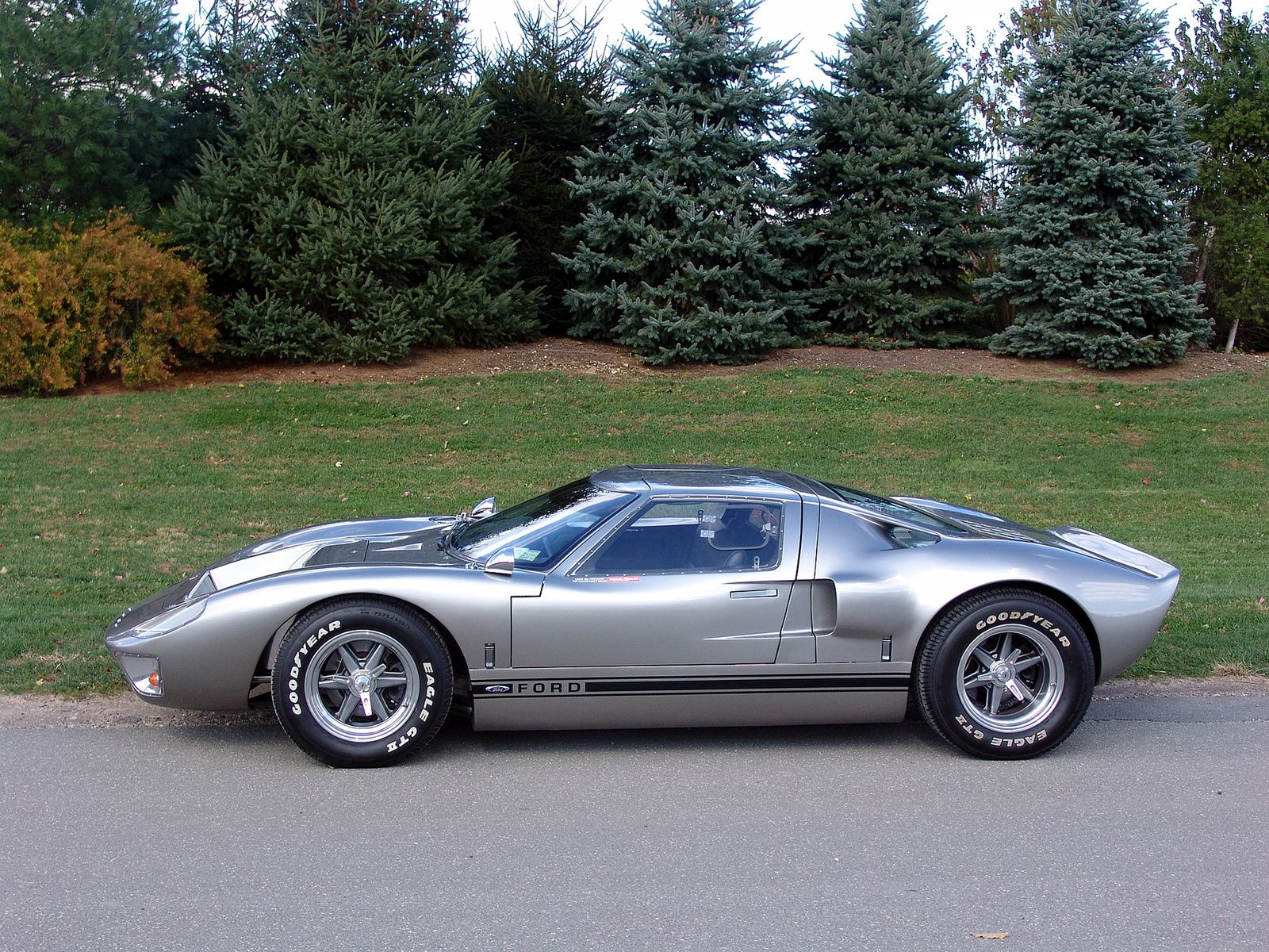 1966 Ford Gt40 Maintenance Restoration Of Old Vintage Vehicles The Material For New Cogs Casters Gears Pads Could Be Cast Polyamide Whi Ford Gt40 Gt40 Ford Gt