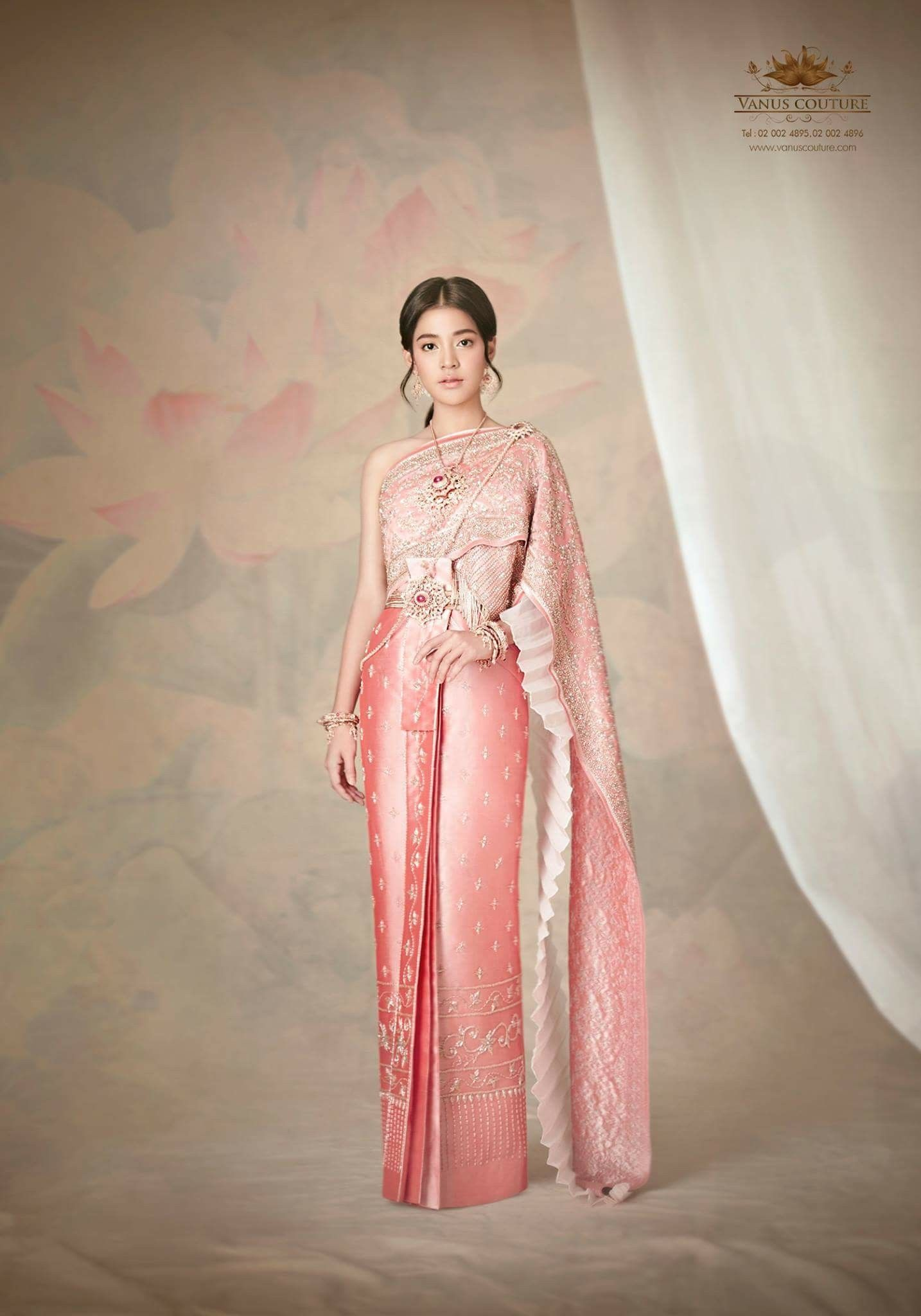 Pin de Sini Bal en Thai wedding | Pinterest