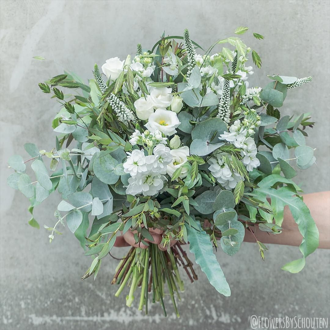 Whats Time Time Wedding Time Looking Forward To Create Some Nice Bouquets Tomorrow This One Is From Last Weekend And I Love It Wedding Time Wedding Bouquet